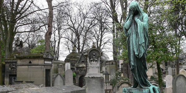 Pere La Chaise, photo by James Andeson