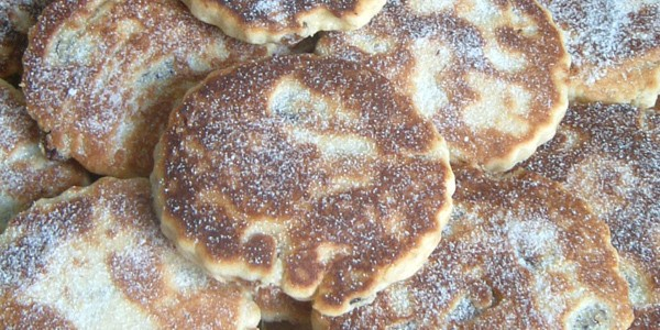 Welsh hewa cakes, photo by Caitlin